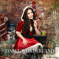 Harper Starling Tinsel Wonderland